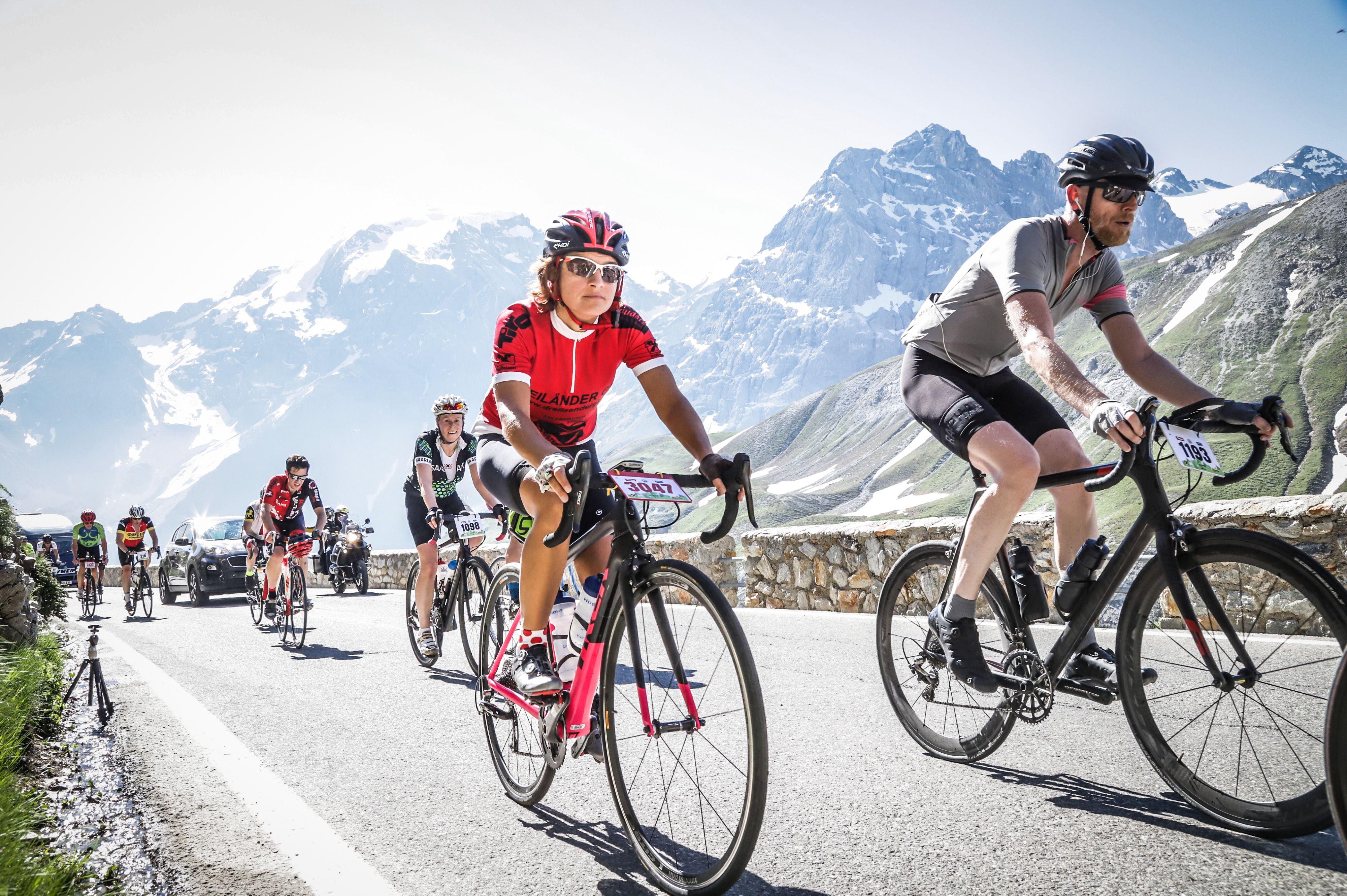 CyclingClubDuesseldorf-Dreiländergiro-Auffahrt zum Passo di Stelvio mit Panorama