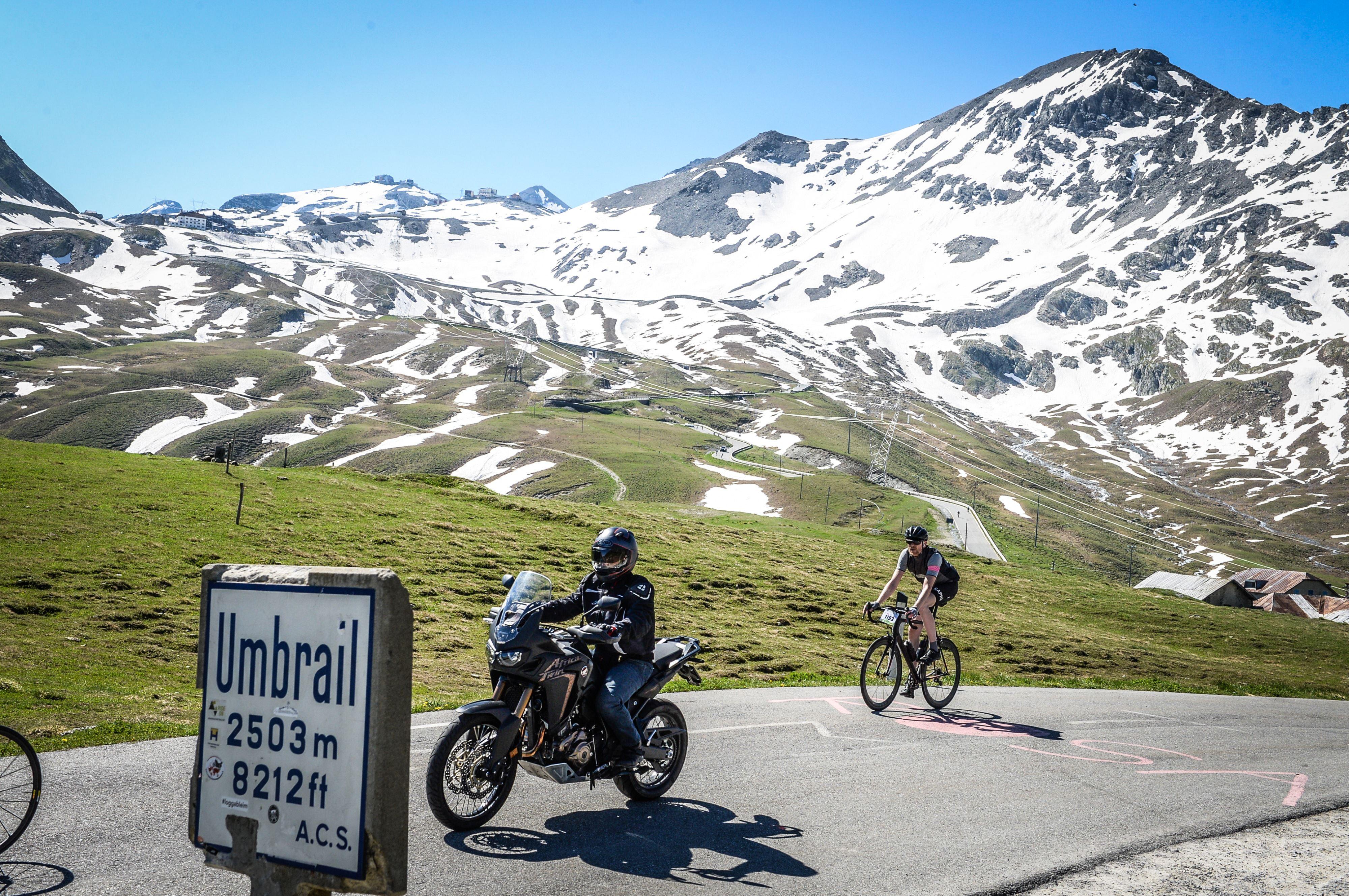 CyclingClubDuesseldorf-Auf dem Umbrailpass in die Schweiz