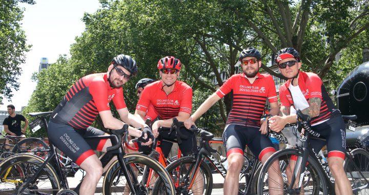 Team CCD Melone vor dem Start zu den Offenen Düsseldorfer Stadtmeisterschaften bei Rund um die Kö 2019