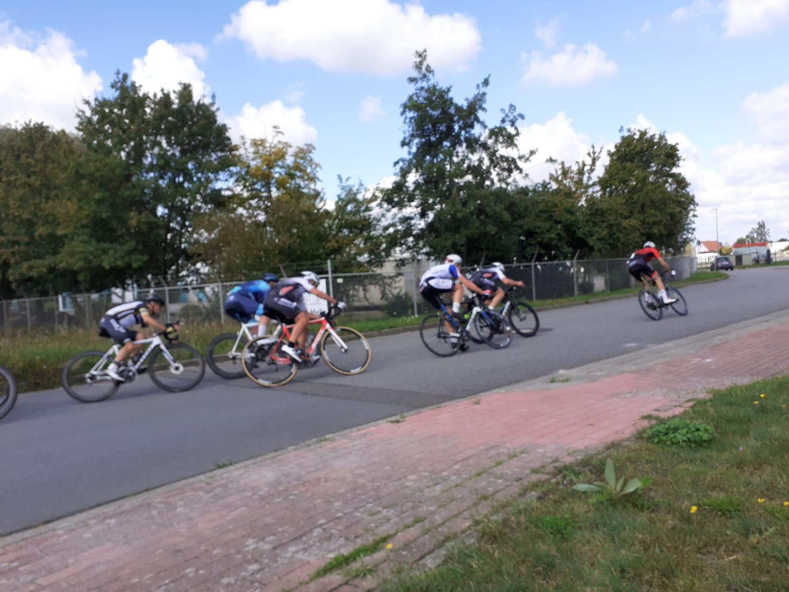 Bernhard Walterscheid-Müller Cycling Club Düsseldorf an führender Position beim Rennen in Melle